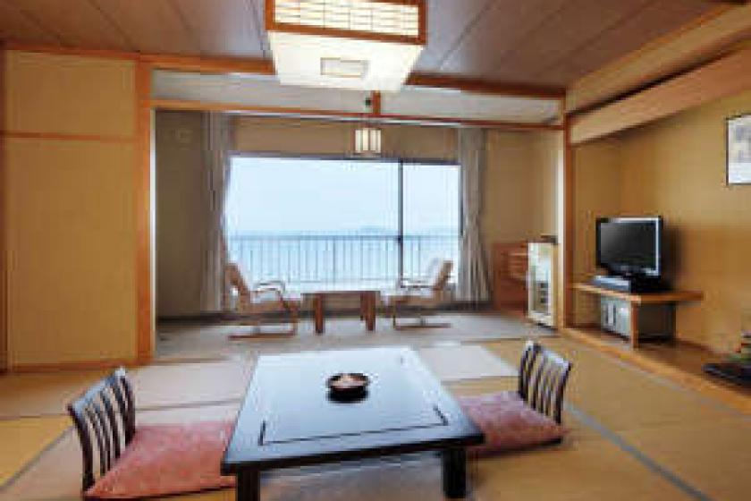 【Ocean side Japanese style room】 South wing