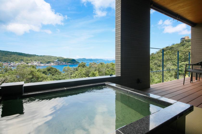 <<GoTo Travel Discount Target>> [Tako] Family plan All rooms have two baths, an ocean view hot spring outdoor bath and indoor bath! [Room meal]