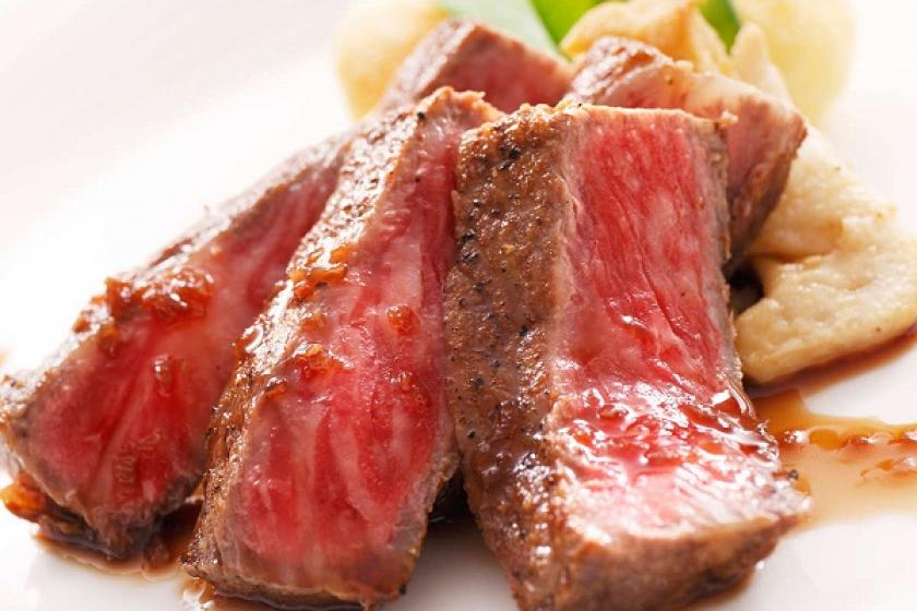 【別注料理】夕食バイキングにもう一品、肉自体の旨味や脂の旨味に拘った、赤城牛ステーキ200g付きプラン