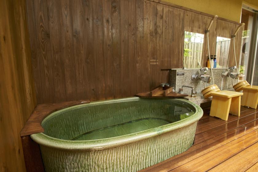 露天風呂付き和室12畳【喫煙OK、トイレ/洗面所なし】