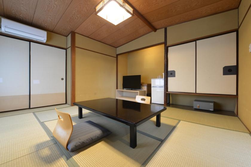 【本 館】【禁煙】和室 8畳/ユニットバス(訳あり)