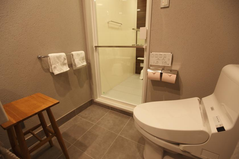 [Smoking] Amanek double room (wide bathroom)