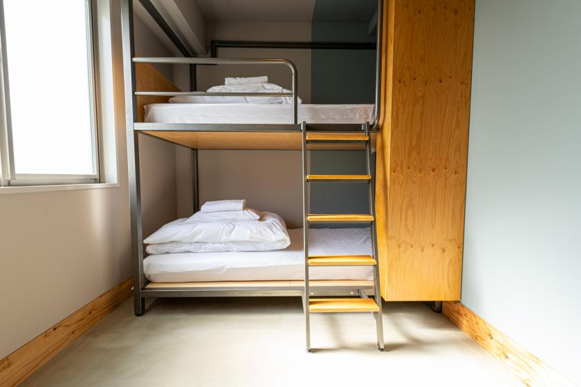 Twin Room BUNK BED