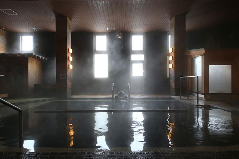 【自由気ままにひとり旅】温泉でのんびり寛ぐ自分だけの贅沢時間 1泊2食付バイキングプラン<3/8~5/31 脂ののった上質な味『豪華お造り5種盛』>