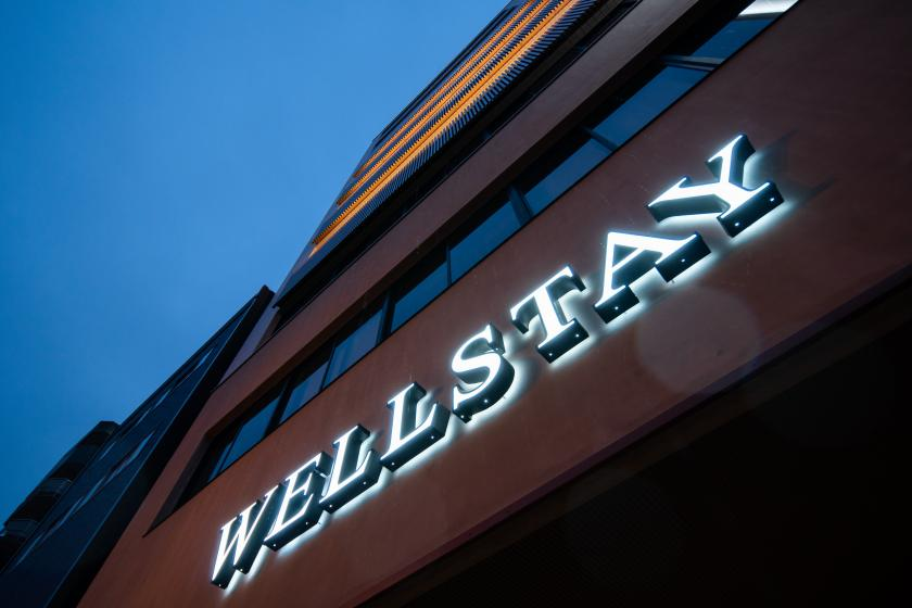 WELLSTAY難波(ウェルステイナンバ)