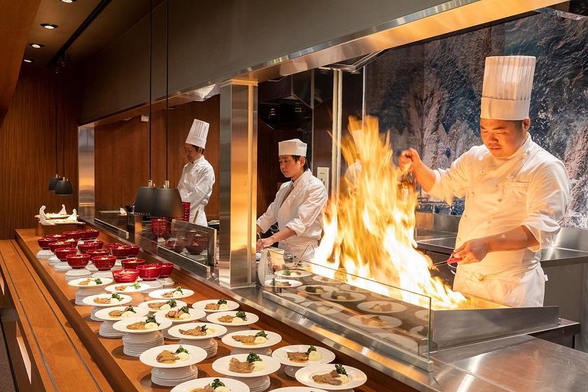 【部屋アップグレード】天草 海の幸 贅沢盛り合わせプラン 1泊2食バイキング