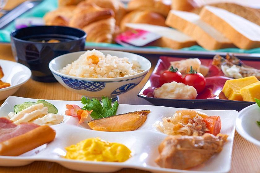【朝食のみ】 朝食のおすすめは海鮮のっけ丼♪絶景露天と温泉と朝食付きのプラン ビジネス利用におススメ!
