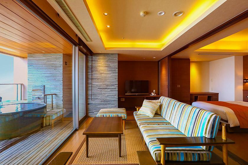 【露天風呂付き客室】 プライベートな空間を満喫♪ 1日3室限定バイキングプラン