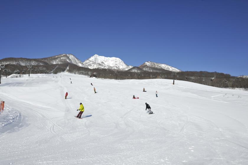 [帶纜車票的池田平溫泉滑雪場]盡情享受滑雪吧! <半板>