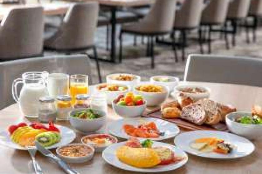 【小学生以下は添い寝&朝食無料!】ファミリーにおすすめ!バラエティ豊かな朝食!シンプルステイ(朝食付)
