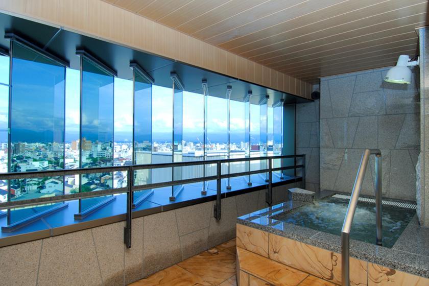 <HP会員様限定>【素泊りプラン】 立山連峰一望の展望大浴場・無料