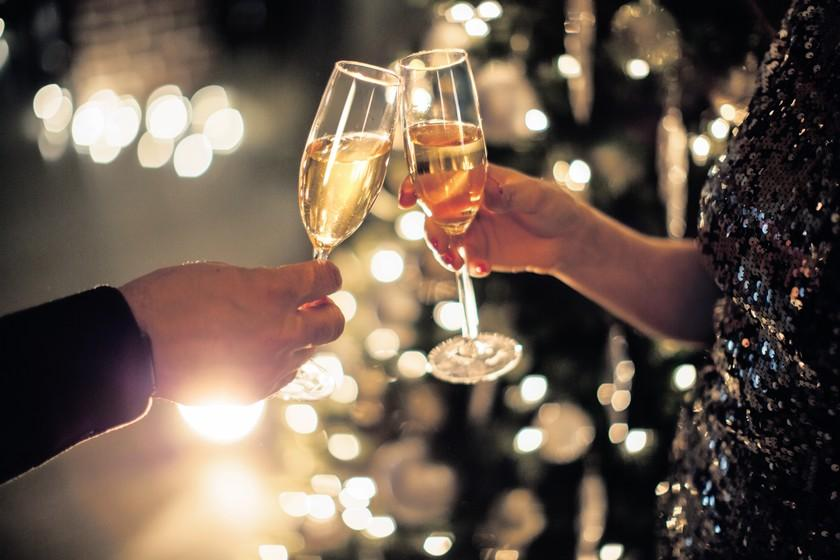 【スパークリングワイン付!高層階確約】 美しい景色を眺めながら特別なひとときを・ロマンスパッケージ/朝食付