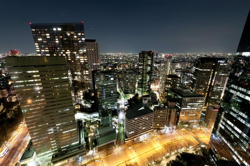 ◆ Night view & high-rise commitment ◆ Luxury time spent in Hilton while watching the night view of Shinjuku (free WiFi & breakfast included)