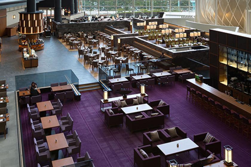【開放感満喫!天井高40mのシアラでお食事】夕・朝食付