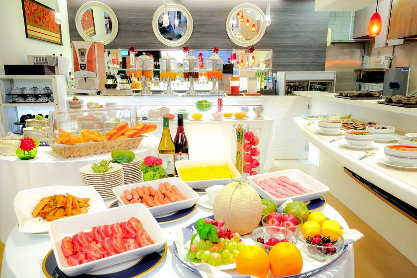 JR蒲田駅東口徒歩1分!◆自慢の和洋30種類朝食ビュッフェ!