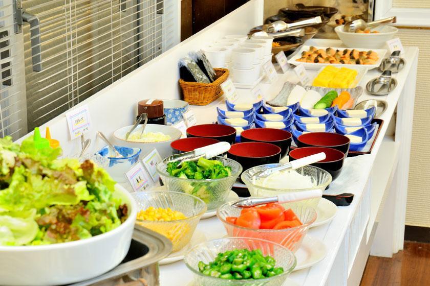 【ファイト一発!!】元気◎◎仕事&遊び♪栄養ドリンク付き!美味しい朝食バイキング付き