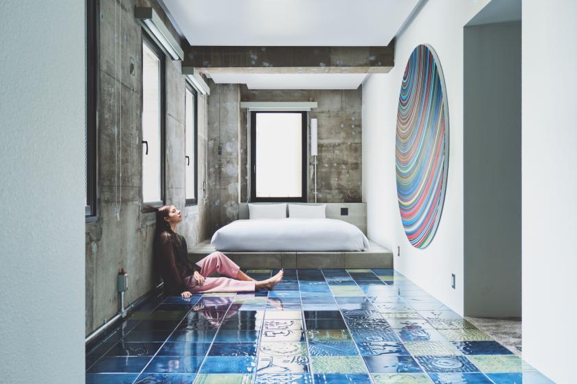アートに囲まれた空間で、心地よい疲れと非日常を楽しむスタンダードプラン