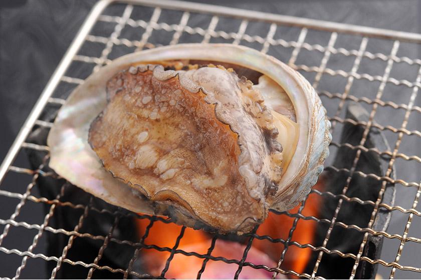 長崎和牛のロッシーニ・あわびの踊り焼き又はお造り・車エビのお造りの中から一品チョイス♪選べるお料理付きプラン