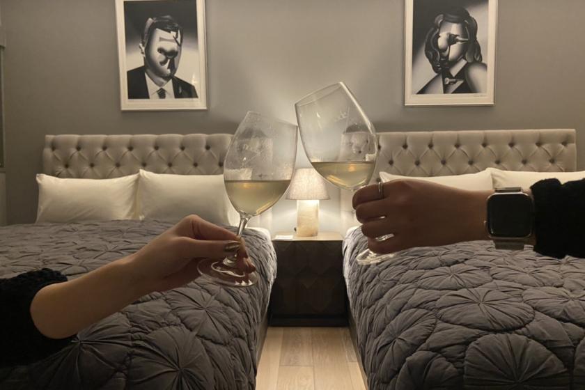 記念日・女子会をお部屋で~オードブル&ワインをお部屋にご用意<翌朝のご朝食付>