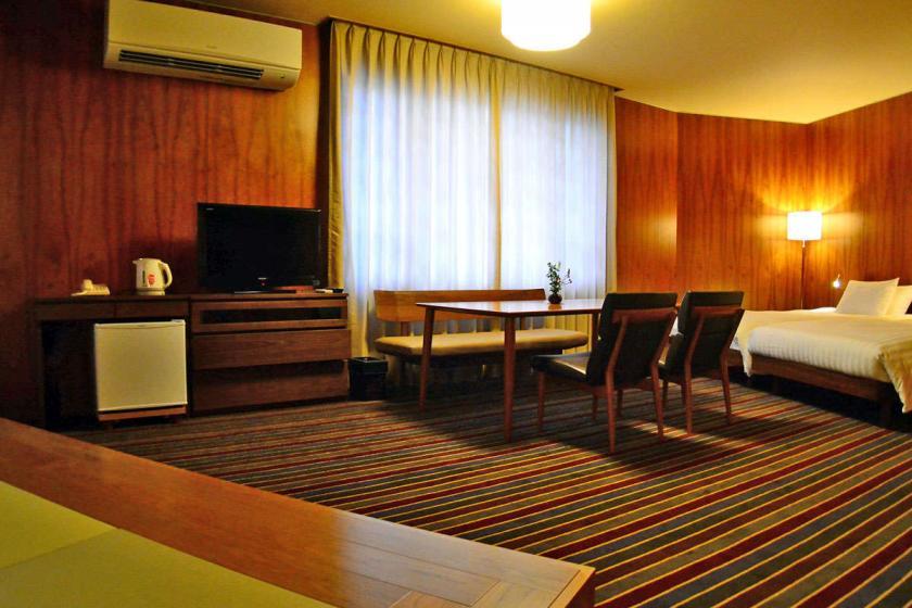 【13大特典で贅沢旅】リニューアル特別室限定・グレードアップ会席ご堪能