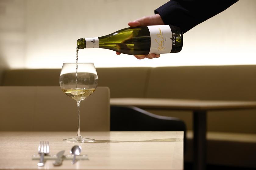 【夕朝食付き】 選べるメインなど全6品のコース「Aria」 ワインペアリング付