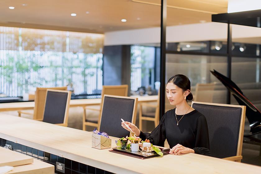 【THE THOUSAND STAYCATION】1人1泊10,000円分のレストランクレジット付き