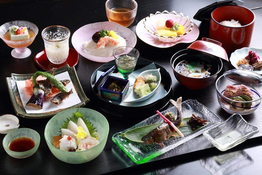 【貴船川床】京都の夏の風物詩・・・京の奥座敷 ひろ文~1泊2食付き~