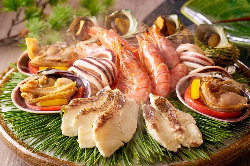 【チケット付】海中公園水族館+海中展望塔チケット付きプラン 1泊2食付 イベント盛りだくさん。海中景観を一年中楽しめます。