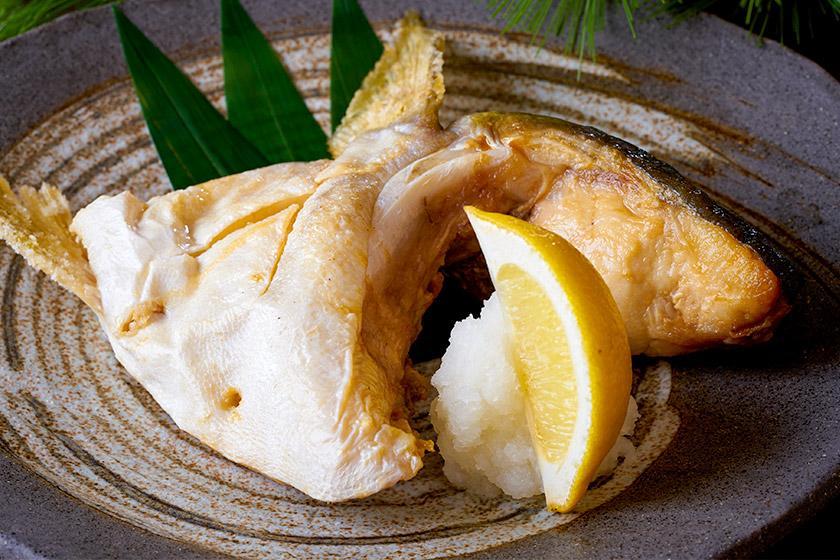【当館おすすめ!別注料理付】ちょっぴり贅沢に♪脂がのった「ぶりカマの塩焼き」で夕食グレードアップ!
