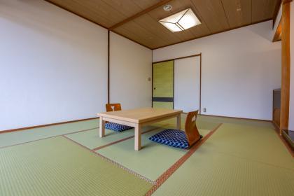 【訳有】和室10畳(禁煙/風呂無)