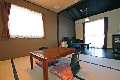 ■喫煙 離れの宿(敷地内1戸貸切 8畳+家族風呂付)