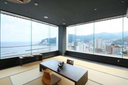 アップグレードのお部屋:【禁煙】和室 12.5畳/バスルーム無し/最上階オーシャンビュー