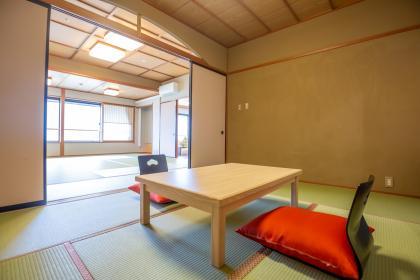 アップグレードのお部屋:特室1 和室6畳+15畳(禁煙/風呂有)
