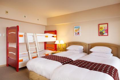 リゾッ太ルーム・スーペリア(ツイン+2段ベッド)