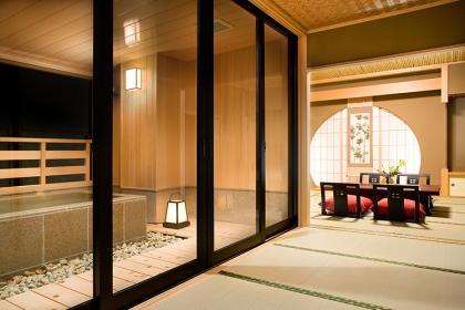 【月】和室10~12.5畳+広縁付≪62.4㎡~≫