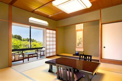 【寛】和室(渓流側)10畳+広縁・内風呂付