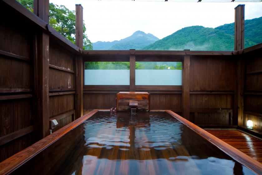絶景!露天風呂から由布岳を望む離れ客室プラン「由布」